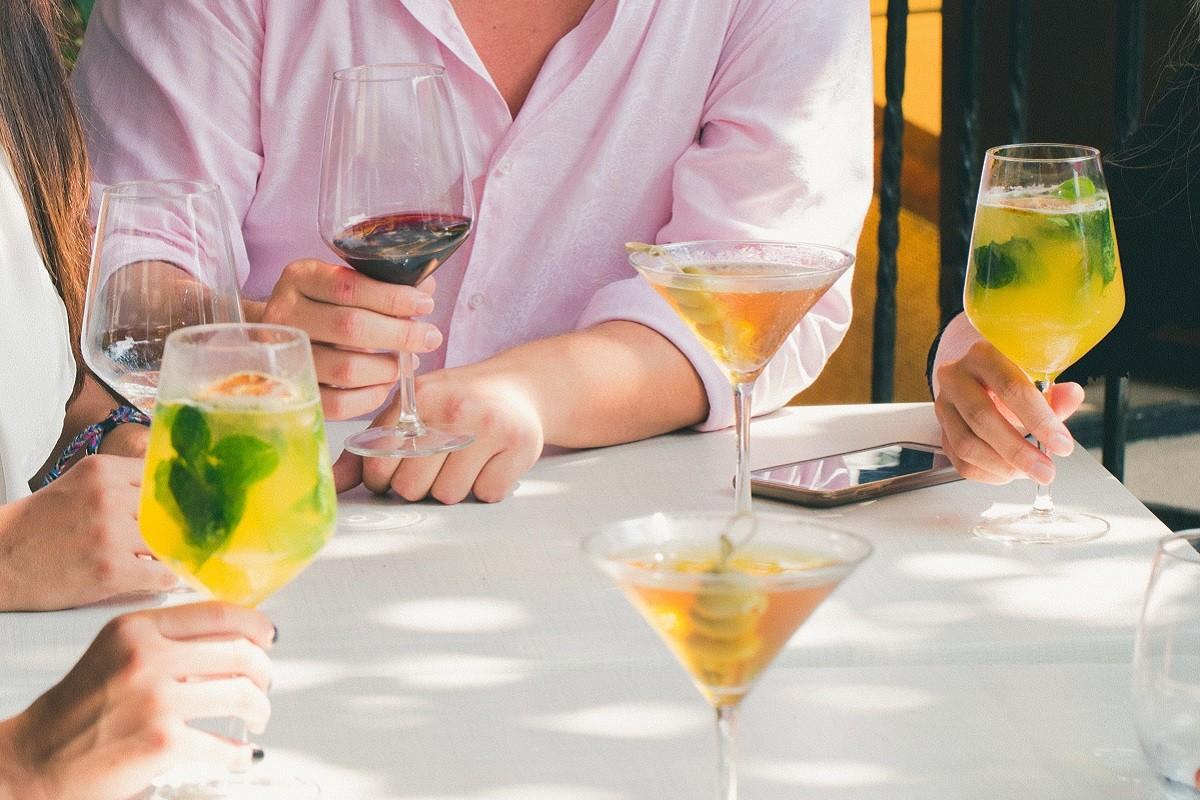 alcohol-bar